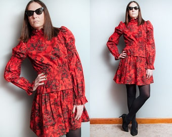 Vintage 1970's | Red | Floral | Hibiscus | Cotton | Puff Sleeves | Peplum | Mini | Dress | M