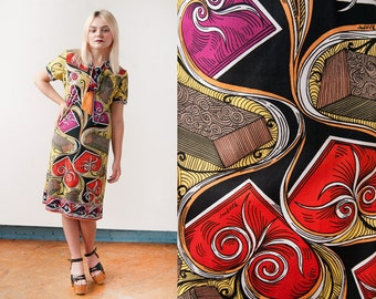 Vintage 1960's | Bright | Colorful | Graphic Print | Shift | Ascot Collar | Dress | M