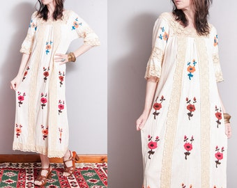 Vintage 1970's   Floral   Hand Embroidered   Cotton   Lace   Maxi   Dress   S/M