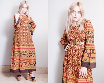 Vintage 1970's | 100% Cotton | Floral | Folk | Bell Sleeve | Ethnic | Maxi | Dress | XS/S