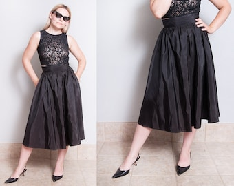 Vintage 1970's | Black | GUNNE SAX | Full | Circle Skirt | XS