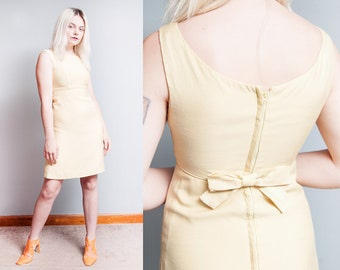 Vintage 1960's | Pale Yellow | Empire Waist | Babydoll | Mini | Bow | Dress | XS