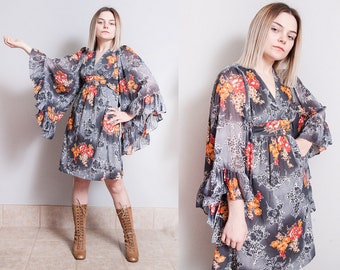 Vintage 1970's | Floral | Empire Waist | Full Flowy Sleeves | Dress | XS/S