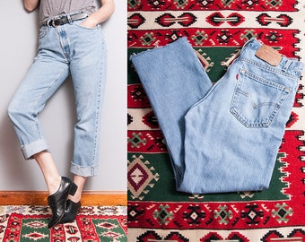 Vintage 1990's | LEVI'S 505 | 5 Pocket | Light Wash | High Waist | Boyfriend Style | Denim | Jeans | M