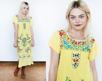 Vintage 1970's | Yellow | Floral | Hand Embroidered | Mexican | Ethnic | Cotton | Dress | XS/S