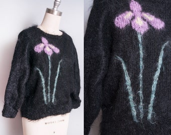 Vintage 1950's | Black | Floral | Mohair & Wool | Pullover | Sweater | M
