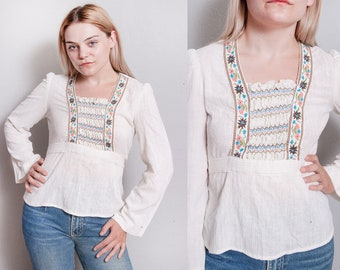 Vintage 1970's | Ivory | Floral | Embroidered | Bohemian | Top | Blouse | S