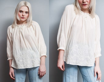 Vintage 1970's | Ivory | Cotton Gauze | Pullover | Ruffled | Blouse | M/L