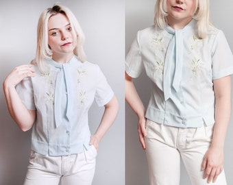 Vintage 1950's/1960's | Pale Blue | Hand Embroidered | Floral | Button Down | Ascot | Blouse S/M