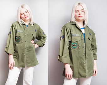 Vintage 1970's/1980's | Army | Military Issue | Green | Unisex | Shirt / Jacket | Patches | L