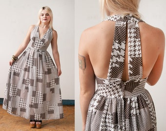 Vintage 1970's I Brown & White | Checkered | Halter | Maxi | Dress | XS