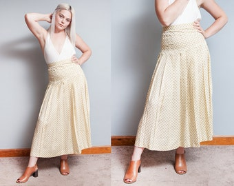 Vintage 1980's | NWT | Pale Yellow | KRIZIA | Pleated | Butterfly Pattern | Skirt | XS