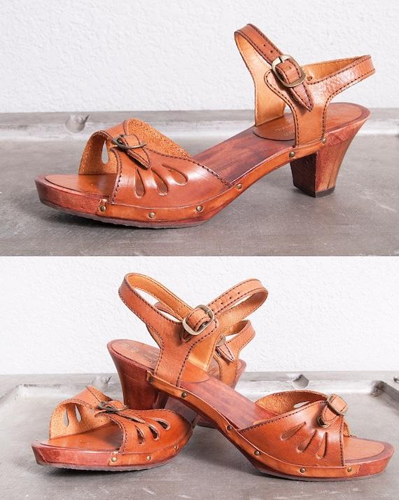 Vintage 1970's | Brown | Leather | Wood | Platform