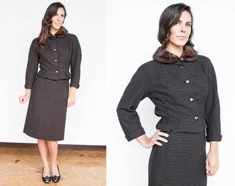 Vintage 1950's I Brown & Blk I 100% Virgin Wool I Suit I Fur Collar I Peplum Jacket I XS/S