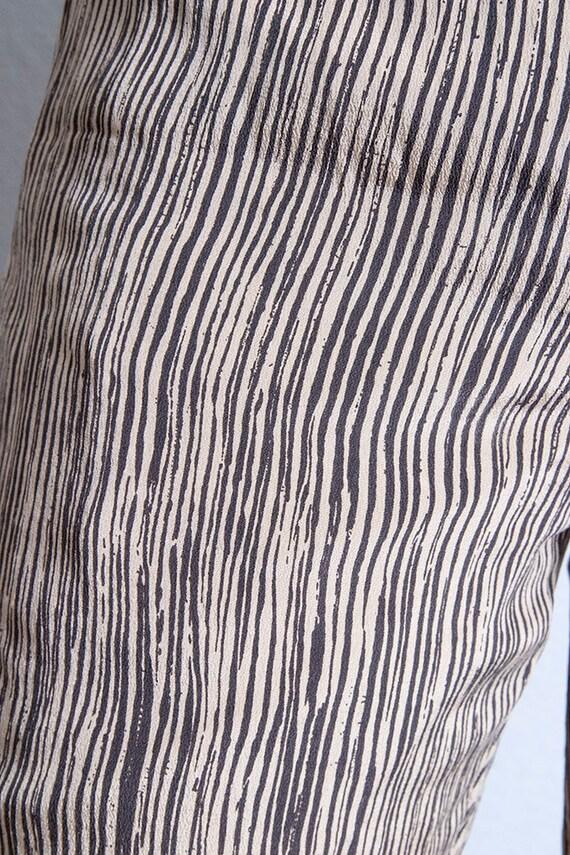 Vintage 1990's | 100% Silk | Printed | Patterned … - image 6