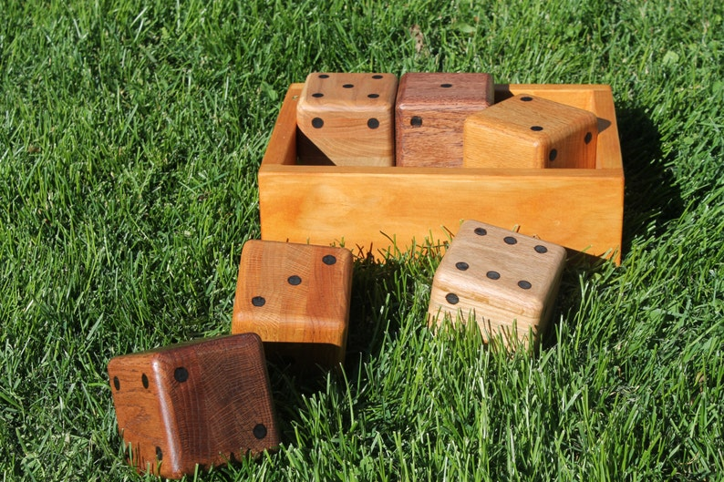 Hand Crafted Oak Lawn Dice with Carrying Tray image 1