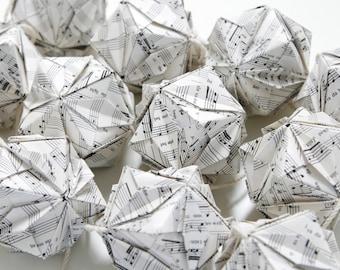 Origami Kasudama Garland
