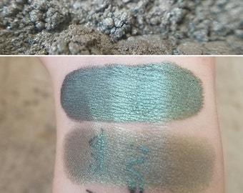 Forest Elf - Deep Forest Green, Mineral Eyeshadow, Mineral Makeup, Vegan