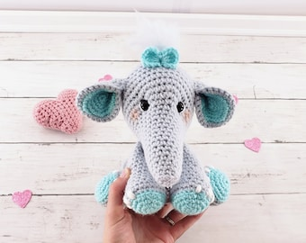 I made a Crochet Elephant from a FREE pattern I found! | craftyghoul | 270x340