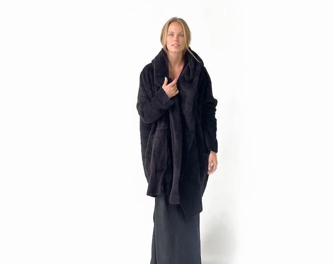 The FLUFFY sherpa coat- Black