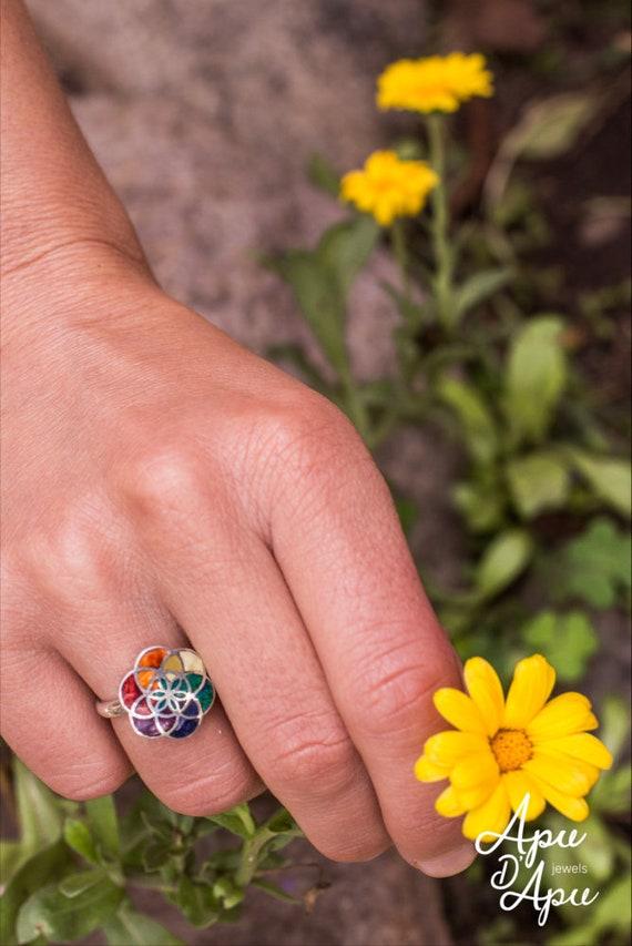 Size 7 Chakra Gemstone  Flower Ring
