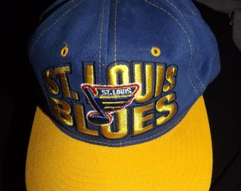 Vintage St Louis Blues Starter Snapback The Right Hat 100% Cotton Licensed  NHL Product fe182c2fc