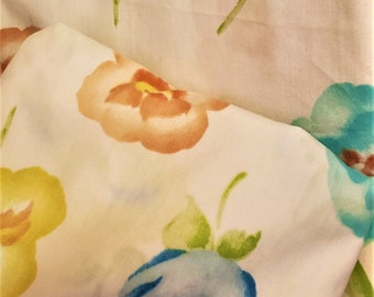 one fitted and one pillow case. 3 pc colorful vintage twin sheet set adorned with pink and yellow  leafy roses One flat sheet