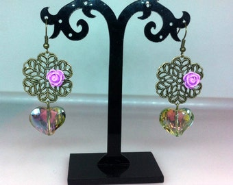 Vintage Elegance earrings, handmade. With crystals.