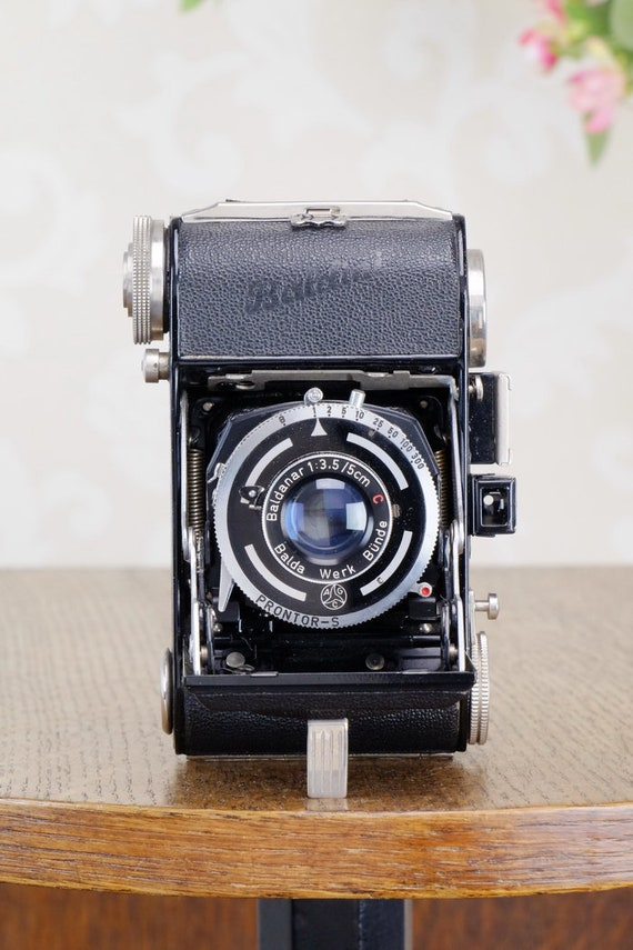 Near Mint 1950 Balda Baldini 35mm camera with lovely Leather  72561ec5fce0