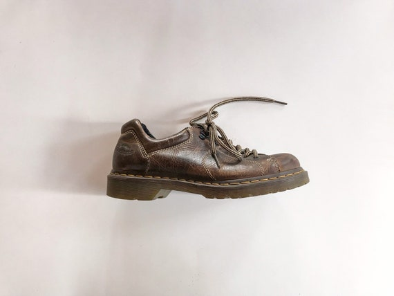 vintage doc marten's shoe - (women's US 8)
