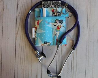 CNA Clinical Vet Tech Black /& White Graduation LPN DogsCats! Nurse Gift Purse organizer Nurse Scrub Pocket Organizer RN