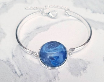 Hand-painted classic blue abstract painted bracelet in silver-plated, flowing Wearable art acrylic painting Pantone 2020 color of the year