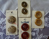 Vintage Button Assortment, 4 Cards of 2 Neutral Colored Buttons, Original Packaging, New Unused 7 8 quot to 1 1 8 quot Sizes, 1950 39 s Fashion Sewing