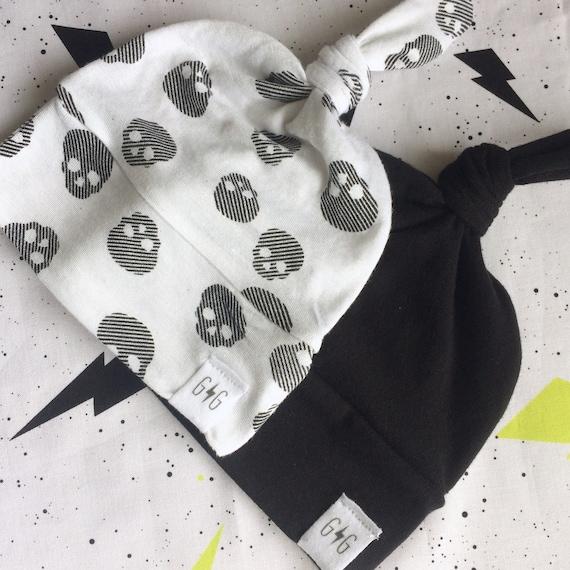 109aac6bab16 ENSEMBLE de 2 noir tête de mort blanche bébé imprimé noeud   Etsy