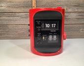 Vintage Toshiba red flip clock radio 70 39