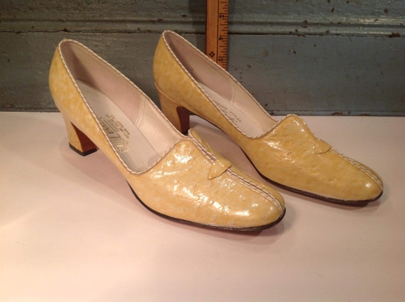 Vintage O'Connor and Goldberg woman shoes 60'