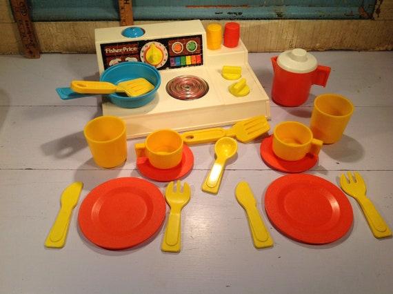 Vintage Fisher price kitchen set 80 \'