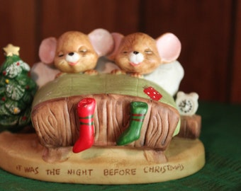 It Was the Night Before Christmas Mice in Bed Vintage 1970's Enesco China Figurine Christmas Holiday Xmas Decor Table Mantle Decor - HD0130