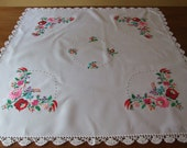 Amazing Vintage c80s Hungarian Folk Kalocsa Floral Motif Hand Embroidered White Cotton Tablecloth Beautiful Handmade Crochet Lace Tablecloth