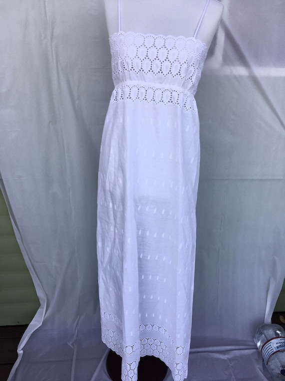 Georgette Trabolsi eyelet statuesque country white