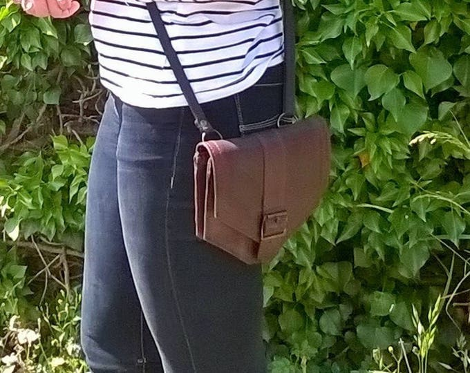 Small Leather Cross Body Bag. Leather Day Bag, Leather Pouch, Leather Handbag, Leather walking Bag,  The Tamzin.