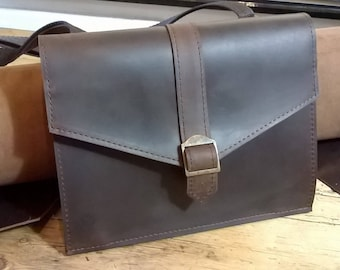 Ladies Small Cross-Body / Shoulder Bag. Genuine Leather. Envelope Style. Leather Messenger, Leather Day Bag, Retro Metropolitan,'The Sally'.