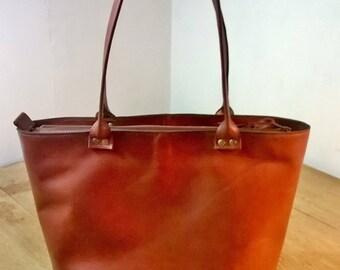 Medium Leather Tote. Medium Leather Hand Bag.  Leather Shopper Tote. Dark Tan Leather Tote. Leather Day Bag. Leather Shoulder Bag.