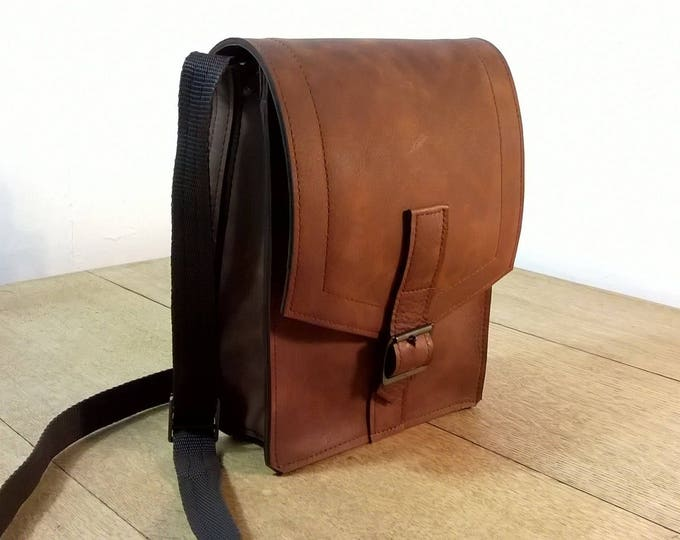 Gentleman's / Unisex Leather Small Cross Body/ Day Bag.  Leather Messenger. Leather Day Bag. Top Grain Leather. The Mark.