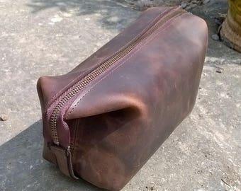 Man's Leather Washbag / Utensil Bag. Leather Washbag, leather tool bag, leather utensil bag, leather day bag, The Ryan.