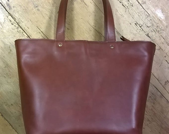 Medium Leather Tote. Medium Leather Hand Bag.  Leather Shopper Tote. Dark Tan Leather Tote. Leather Day Bag. Leather Shoulder Bag.