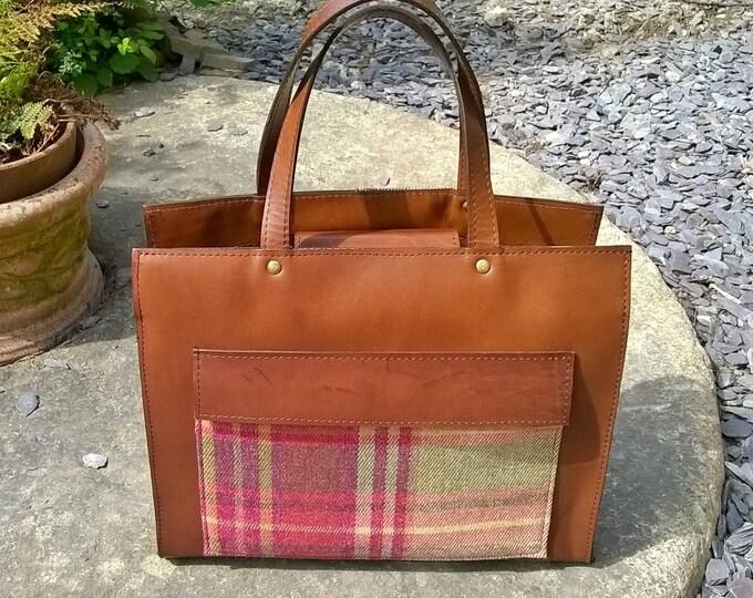 Custom Leather & Tartan Bag. Medium Leather Tote.  Leather handbag,  Leather and Tartan Ladies Handbag. Leather Cross Body Bag, Rustic Bag,