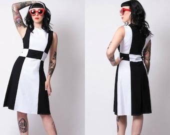 Black/white retro mod dress 60's gogo