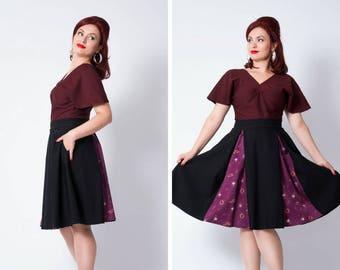 Black/Burgundy fortune teller stretch skirt with pockets