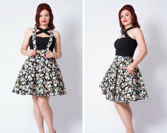 Black retro flowers  full circle pinup skirt with removable suspenders and pockets